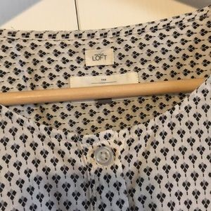 Loft Career Shirt size L